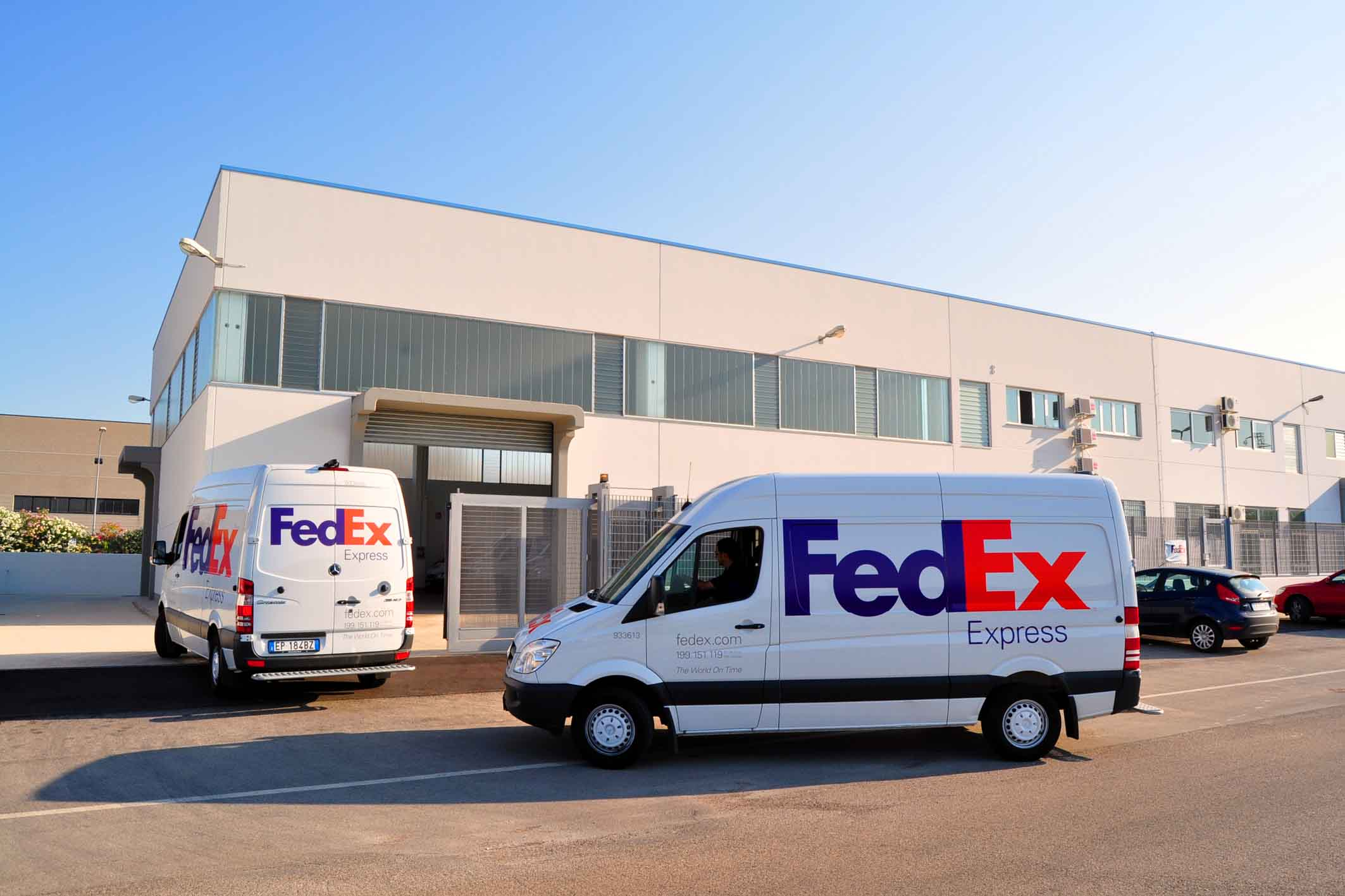 fedex marketing Fedex corp will slash its marketing budget by 25 percent this year, the company said.