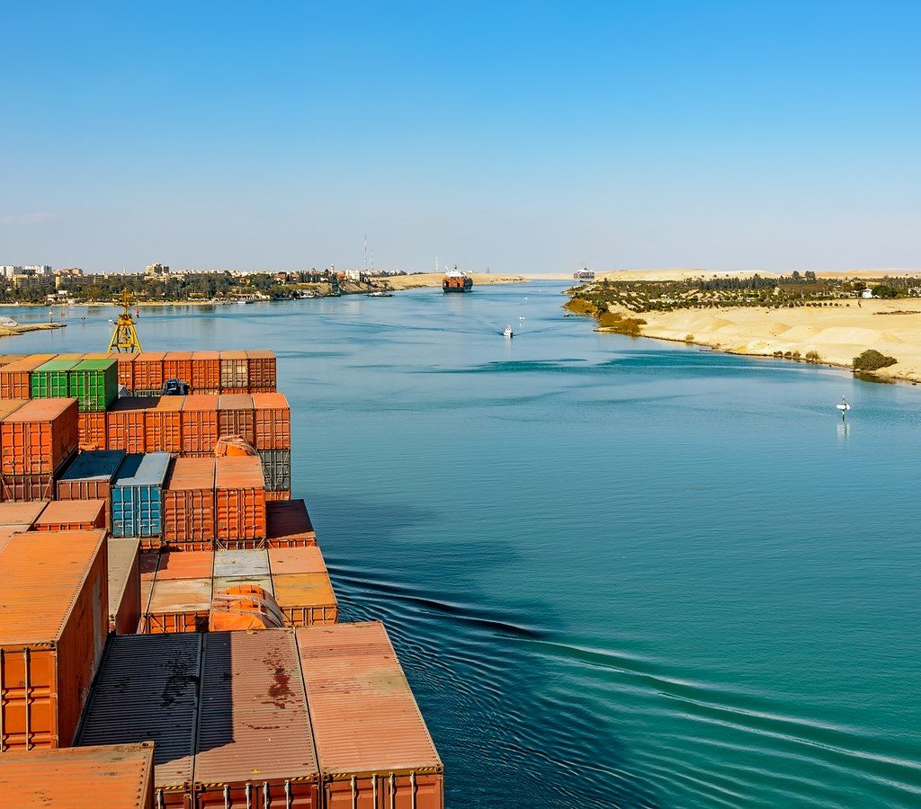 Suez Canal Economic Zone receives investment requests - Construction