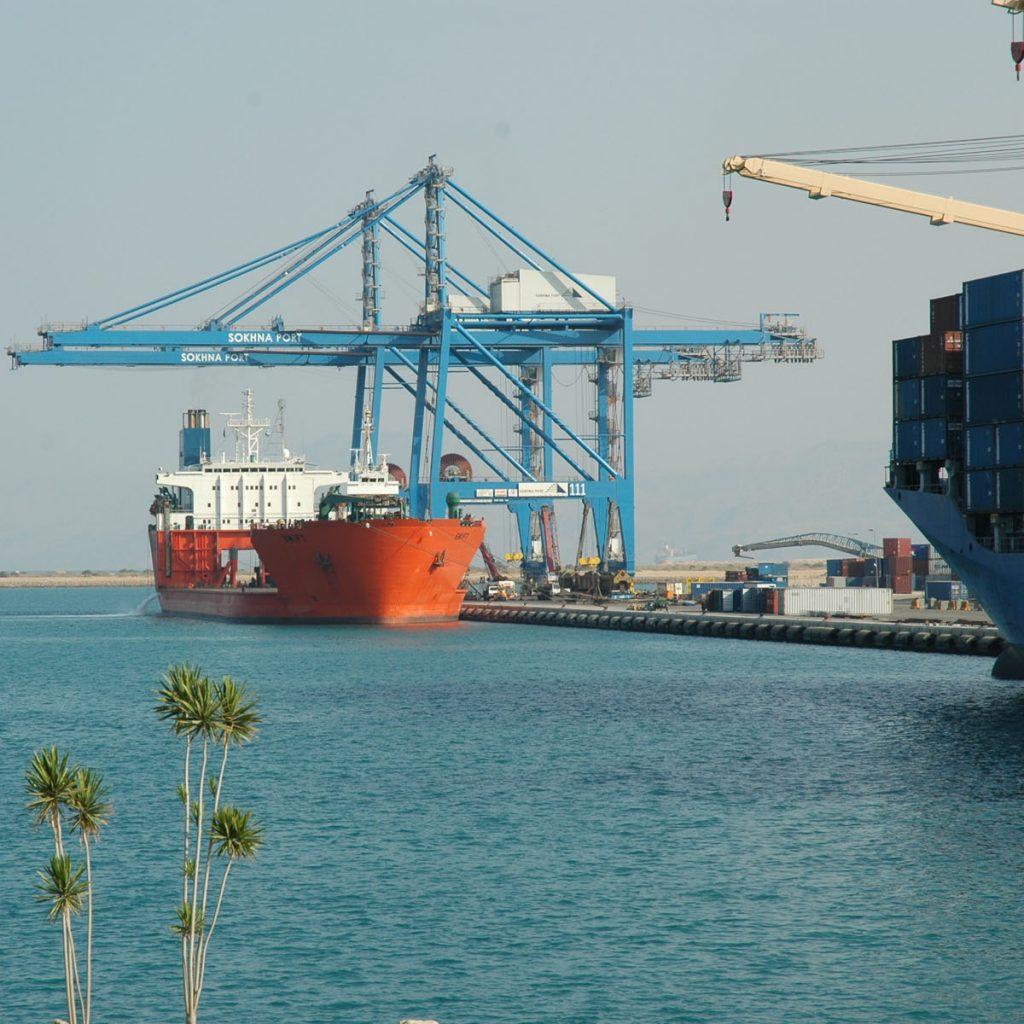 Egypt: DP World Sokhna receives largest PIL vessel