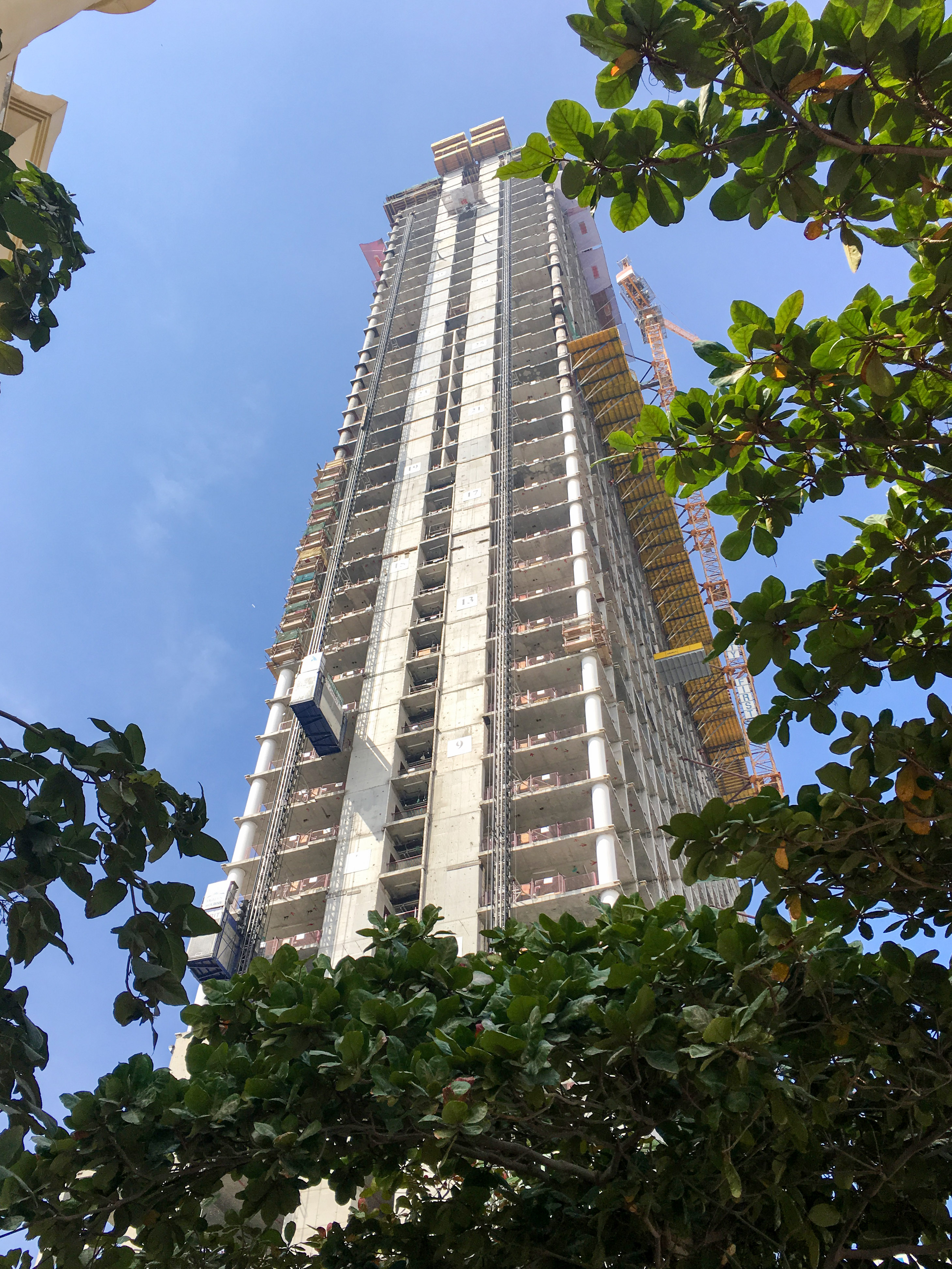 Nakheel Palm Tower under construction