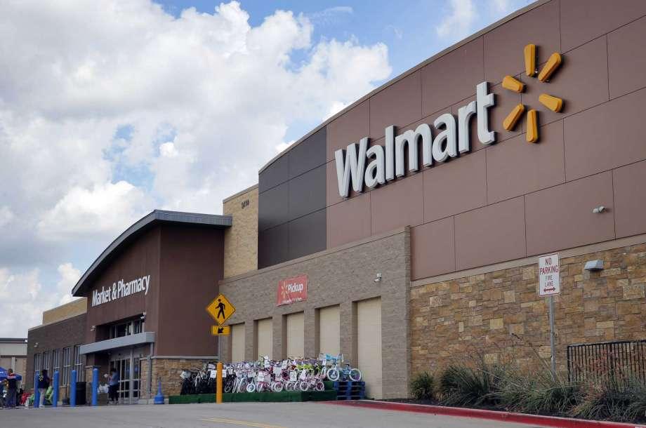 Walmart to possibly secure majority stake in Flipkart